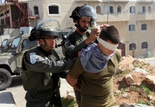 سلطات الاحتلال تعتقل شاباُ فلسطينياً بتهمة الاشتباه في قتل مستوطنة