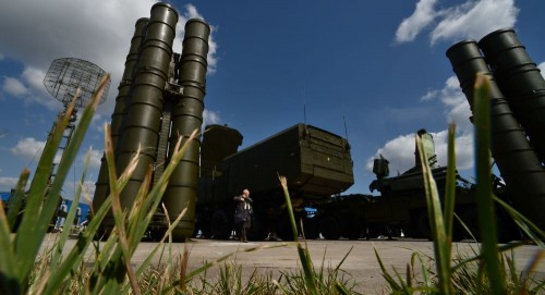 مجلة عسكرية تكشف سر هلع إسرائيل من الصواريخ الروسية بسوريا