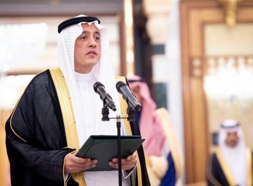 تركي الدخيل يُغرد عقب أدائه القسم سفيرا للسعودية في الإمارات