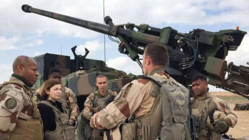 """قوات فرنسية تستهدف آخر معقل لـ""""داعش"""" في سوريا (صور)"""