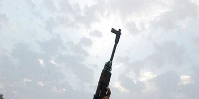 """الرصاص الطائش.. """"طلقات البهجة"""" التي تحوّل أفراح لحج إلى مآتم"""