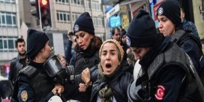 """أردوغان يعتقل ما يزيد عن 1100 شخصاً لصلتهم بـ""""جولن"""""""