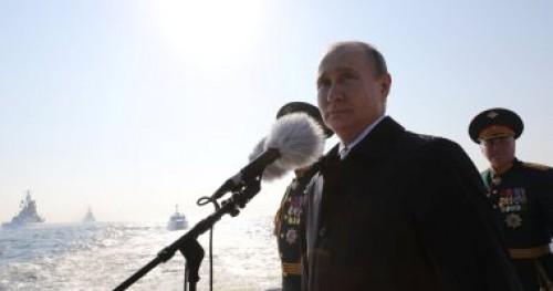 """بوتين: تطوير حاملة الصواريخ القتالية """"TU-160"""" كسلاح جديد للجيش الروسي"""