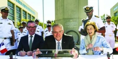 أستراليا توقع عقدا لشراء غواصات حربية من فرنسا