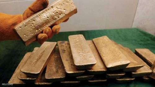 الذهب يرتفع متأثرًا بتراجع الدولار