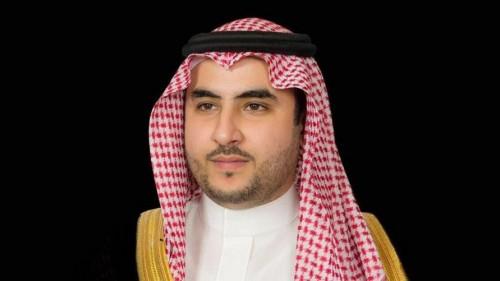 خالد بن سلمان: الشعب الإيراني يستحق قيادة تلتفت له