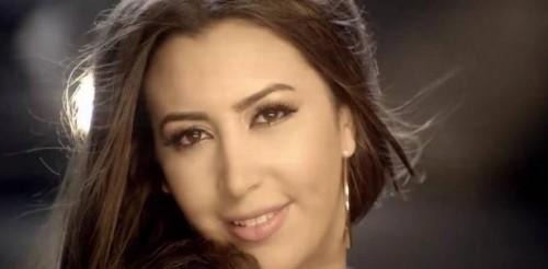 هكذا احتفلت المغربية جنات بعيد الحب (فيديو)