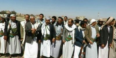 بالتزامن مع قصف التحالف.. انشقاقات في قبائل عمران التابعة للحوثي
