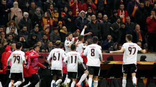 بنفيكا يصعق جالطة سراي التركي في الدوري الأوروبي