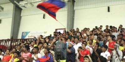 حضرموت تبحث تطوير الأندية الرياضية لدعم الأنشطة الشبابية