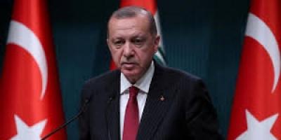 مواطنة تركية تفضح سياسات أردوغان الغاشمة (فيديو)