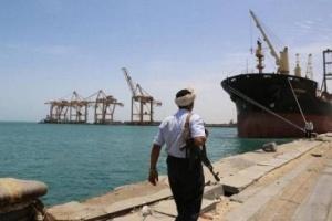 التحالف: مليشيا الحوثي تستمر في تعطيل دخول 4 سفن لميناء الحديدة