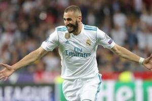 بنزيما لاعب الشهر في ريال مدريد