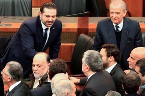 بالأغلبية.. البرلمان اللبناني يمنح الثقة لحكومة الحريري