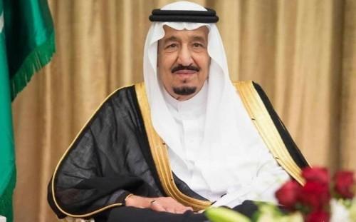 عطيف: هناك حسابات تهاجم المسؤولين والمواطنين في المملكة