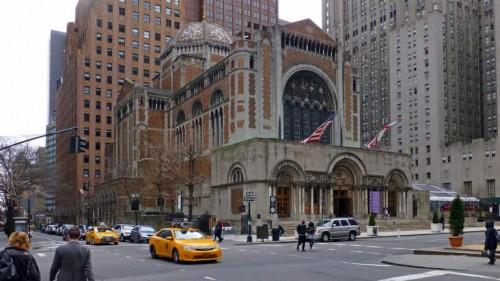 كاثوليكية نيويورك تعلن عن أسماء 100 راهب تحرشوا جنسيًا بالأطفال