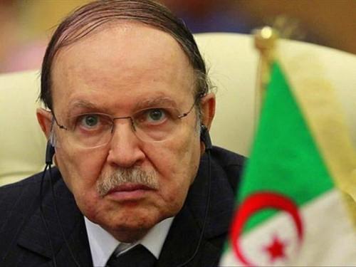 """"""" التحالف الوطني """" بالجزائر يعلن دعمه لـ"""" بوتفليقة """" بالانتخابات"""