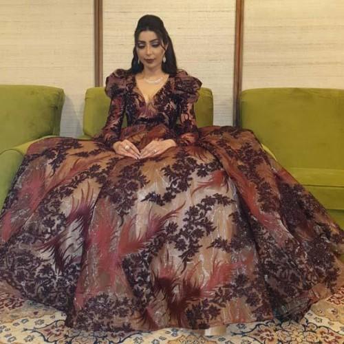 المغربية دنيا بطمة تتألق في أحدث جلسة تصوير لها
