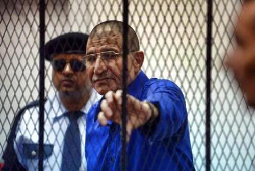 عقب الإفراج عنه.. رئيس مخابرات القذافي يصل تونس (صورة)