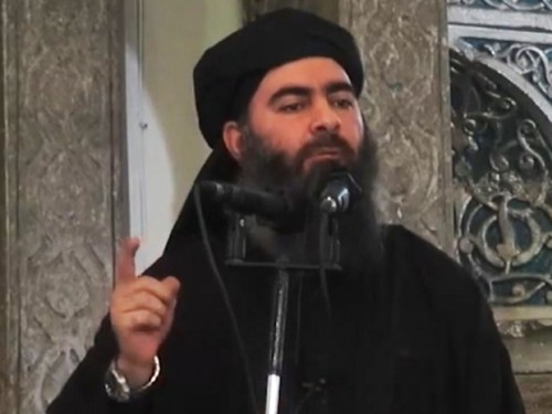 """مفاجأة.. """"البغدادي"""" يتجول في سوريا مرتدياً الجينز"""