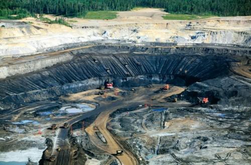 مفاوضات برحينية أمريكية حول موارد النفط الصخري