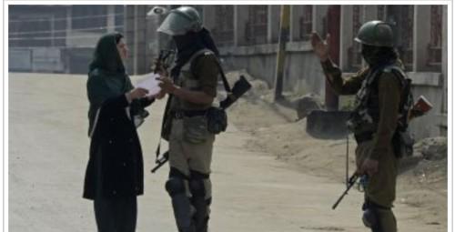 ارتفاع حصيلة ضحايا الاشتباكات المسلحة بكشمير إلى تسعة قتلى