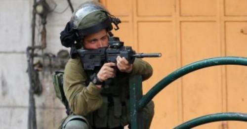 إصابة خمسة مواطنين فلسطينيين برصاص قوات الاحتلال الإسرائيلي