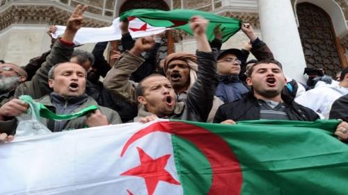 الجزائر.. الدفاع والشرطة يدعمان بوتفليقة في انتخابات الرئاسة القادمة