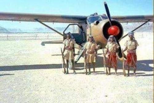 صورة نادرة لأفراد الجيش البدوي الحضرمي عام 1965م