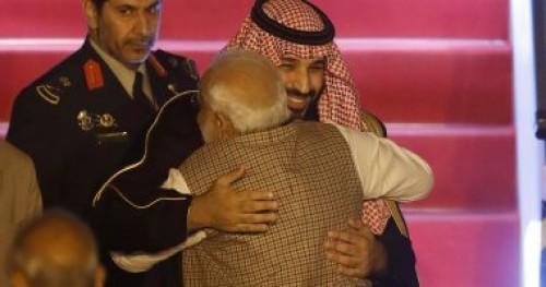 """""""بن سلمان"""" يستكمل جولته الأسيوية ويزور الهند في محطته الثانية (صور)"""