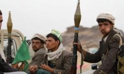 إيران والحوثيون.. نظام يدفع ويُسلح ومليشيات تضغط على الزناد