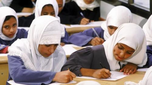 بـ«تجريف العقول».. خسة الإخوان والحوثيين لدمار «التعليم» في تعز