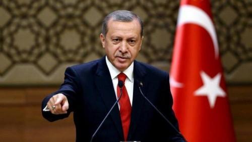 """الزعتر: أردوغان يسوق لنهضته بـ """"الرشاوى"""""""