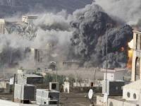 الحوثي يدمر بنية اليمن التحتية ويروج لترميمها في صنعاء