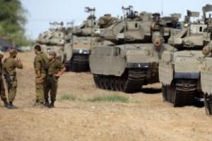 آليات عسكرية إسرائيلية تتوغل على الحدود الشرقية والشمالية لقطاع غزة