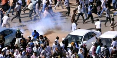 """الأمن السوداني يفرق تظاهرات حاشدة تنادي بسقوط """"البشير"""""""