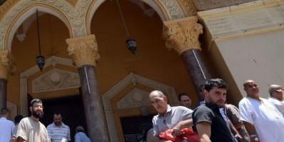 مصلون بالجزائر يغادرون صلاة الجمعة رفضاً لخطب تناهض التظاهر (فيديو)