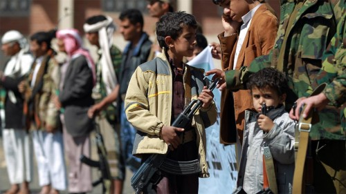 """""""صغارٌ في قبضة الإجرام"""".. المليشيات تذبح طفولة اليمن"""