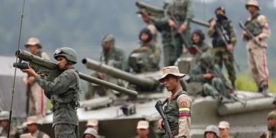 الجيش الفنزويلي يقتل امرأة ويصيب 12 مواطناً على حدود البرازيل