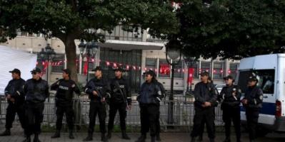 حراك في الداخلية التونسية يثير الخلاف في الشارع السياسي