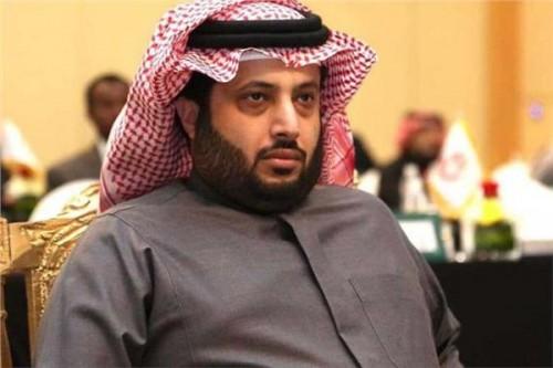 تركي آل الشيخ يوضح حقيقة إلغاء العقود الفنية الموقعة مع مصر
