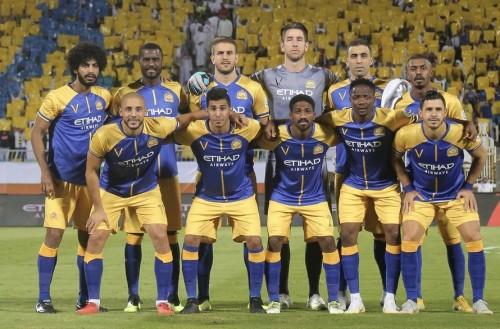 النصر يهزم الفيحاء ويطارد الهلال على صدارة الدوري السعودي