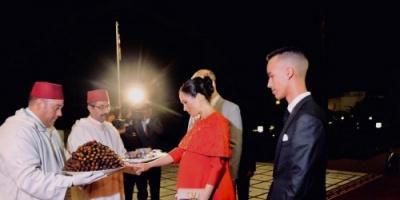 ولي عهد المغرب يستقبل الأمير هاري وزوجته