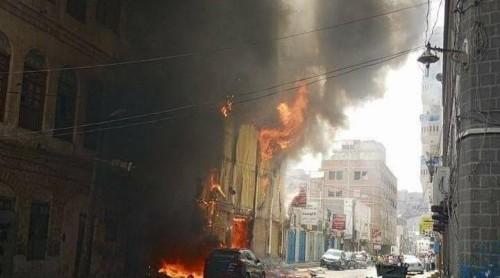 """عاجل.. أهالي """" كريتر"""" يوجهون استغاثة عاجلة لإخماد حريق مبنى سكني"""