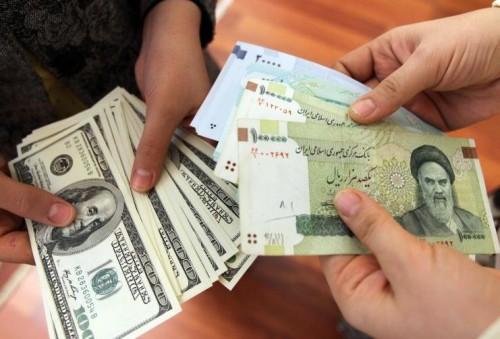 في يوم واحد.. الدولار الأمريكي يقفز أعلى من ألف تومان إيراني