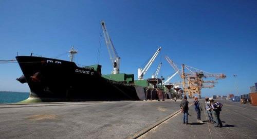 ميناء الحديدة: المنفذ الأهم لتمويل جرائم الحوثي الإرهابية