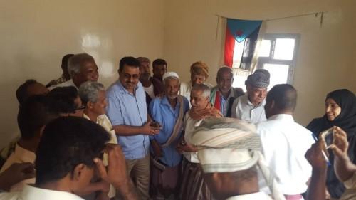 رئيس قيادة الانتقالي في لحج يزور مكتب الشهداء والجرحى بالمحافظة