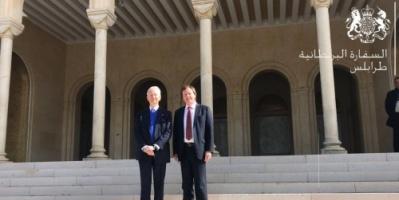 السفير البريطاني: تحقيق اقتصاد قوي سيلعب دورا في أمن ليبيا