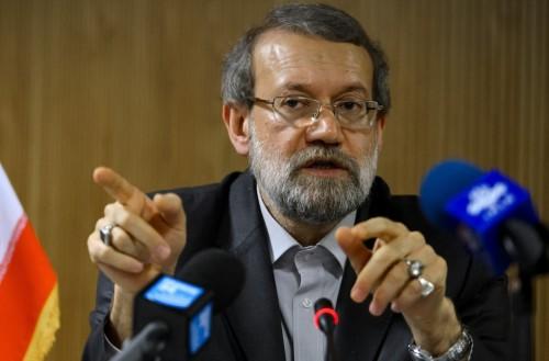 """رئيس البرلمان الإيراني يرفض النقاش حول استقالة """"ظريف"""""""