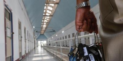تعطيش السجناء.. جريمة جديدة تضاف إلى سجل أردوغان الأسود